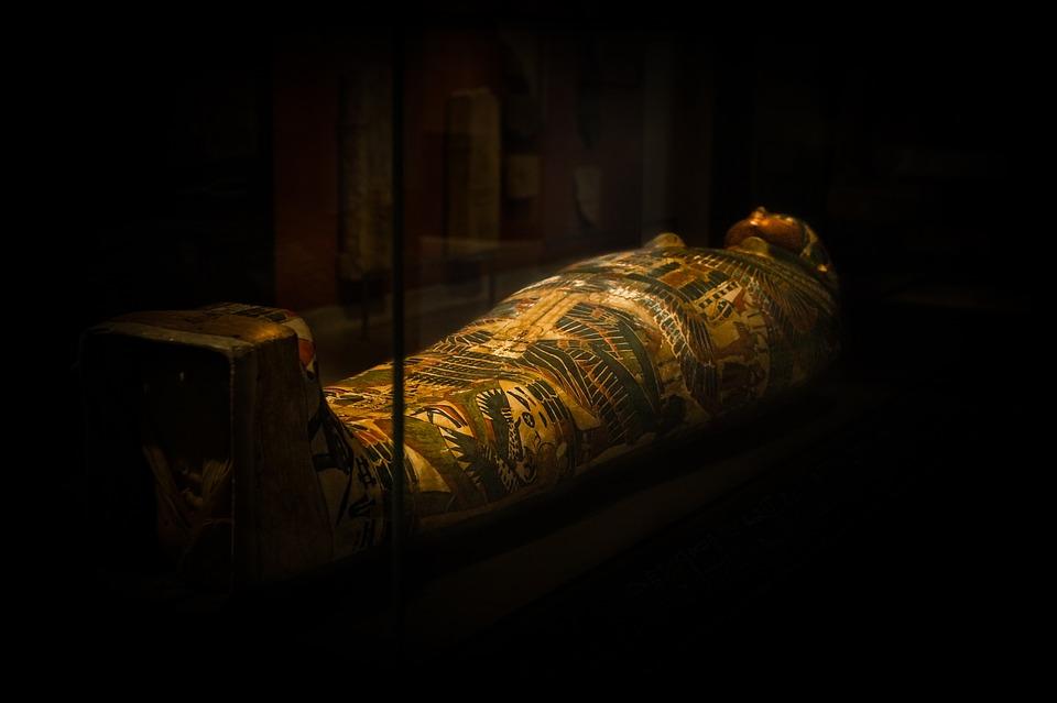 Magie et envoûtement dans l'Égypte ancienne