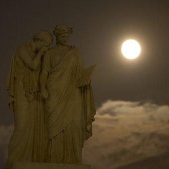 MERCREDI LORS DE LA NOUVELLE LUNE FAITES EN SORTE D'ÊTRE GENTIL AVEC VOUS-MÊME !