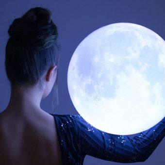 Que puis-je faire comme rituel pour profiter des bienfaits de la pleine lune?