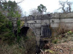 L'étrange pont de Overtoun ou les chiens se suicident